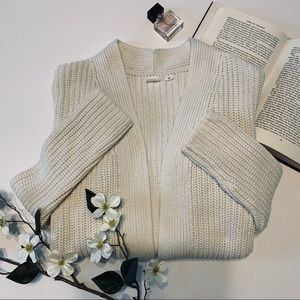 Gap Open Knit White Cardigan Size Small